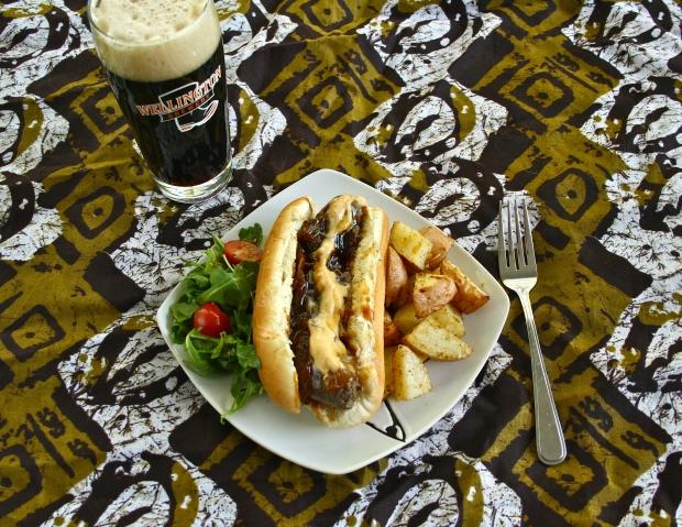 Terrestrial India Brown Ale and Saucisse